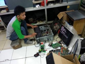 service laptop dan pc komputer panggilan di bendungan hilir jakarta pusat